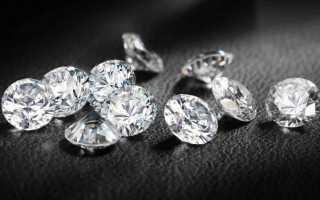Уход за украшениями с фианитами. Как чистить золотые украшения с камнями